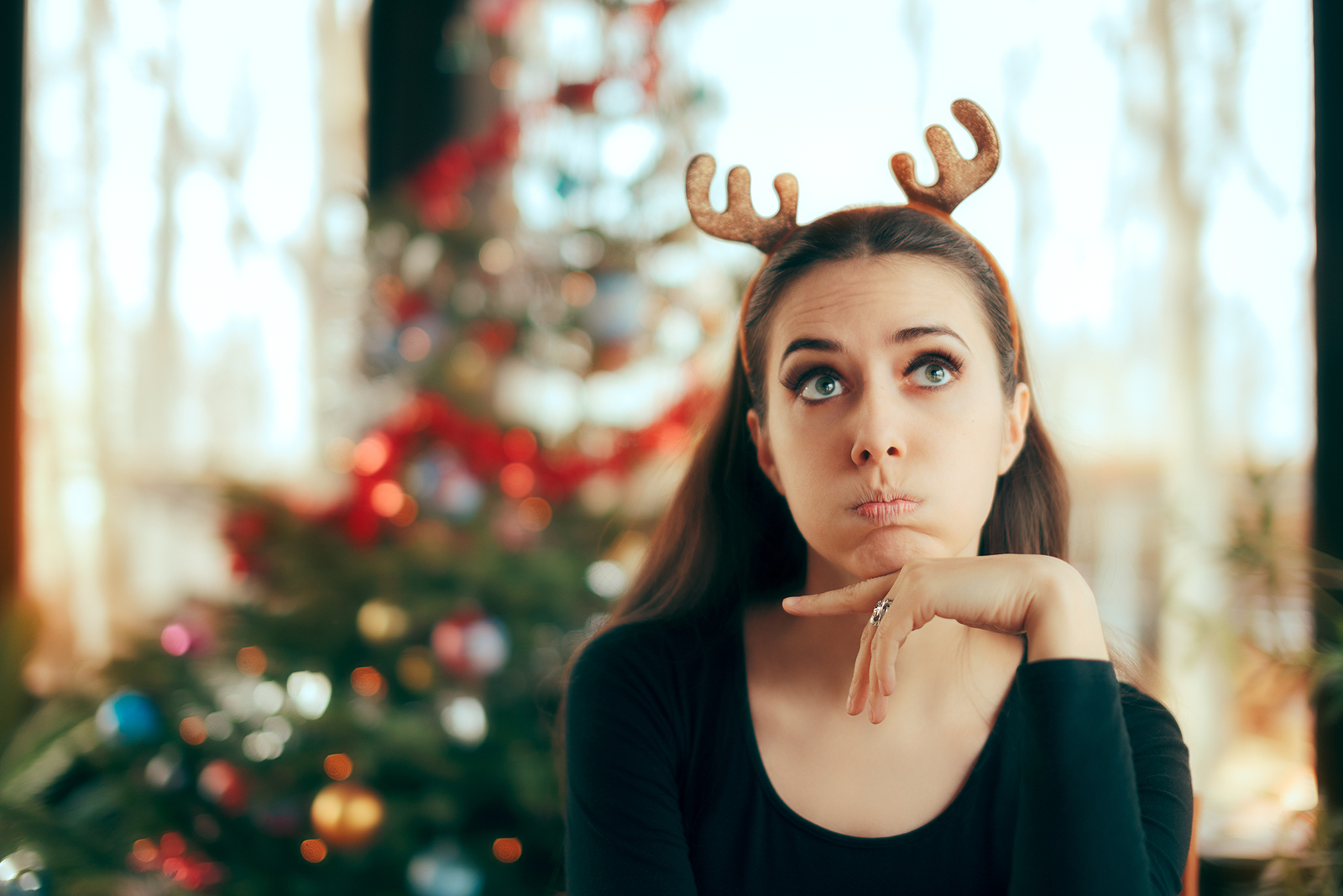 Dealing with Social Anxiety: How to Survive the Holidays